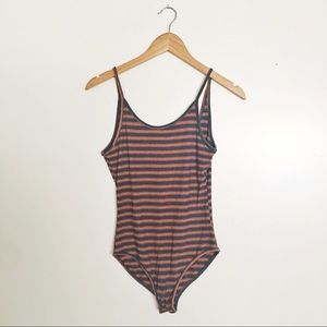 🛍 URBAN OUTFITTERS Ribbed Striped Bodysuit